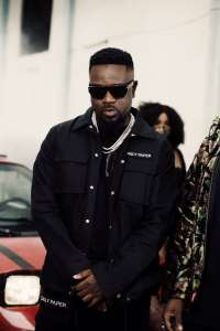 Give Me Way - Sarkodie ft Prince Bright